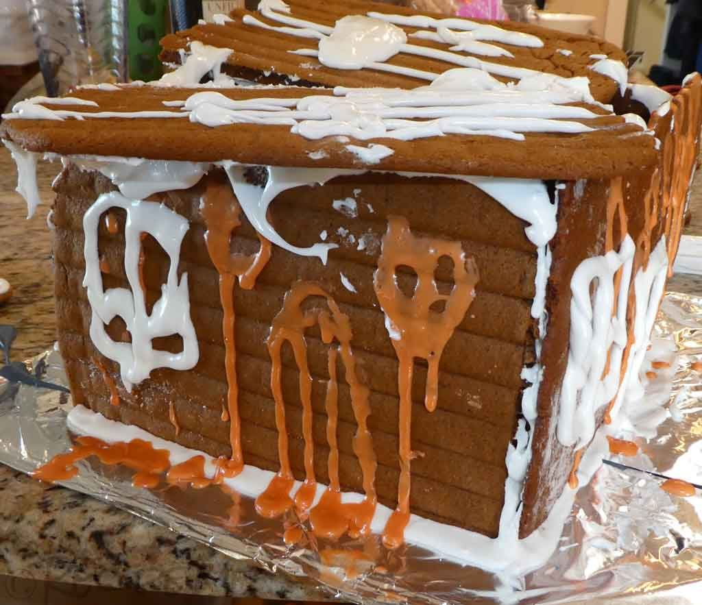 Gingerbread House Failure, Royal Icing